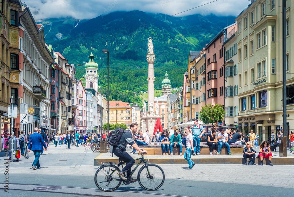 Fototapety, obrazy: Maria Theresien Street in Innsbruck, Austria