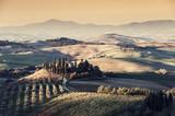 Rolniczy rocznika krajobraz z winnicami i ogródami - 191463083