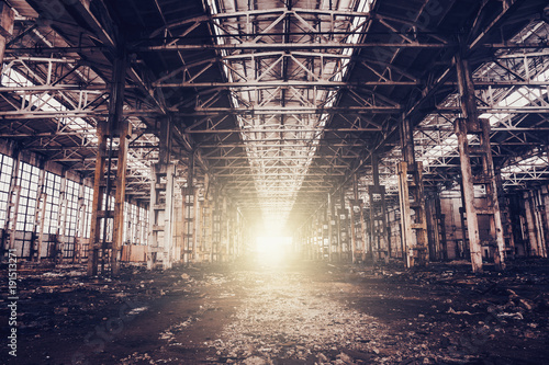 Foto op Plexiglas Oude verlaten gebouwen Abandoned ruined industrial factory building, ruins and demolition concept