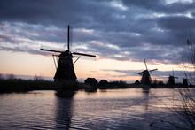 Les Moulins De Kinderdijk-Elsh...