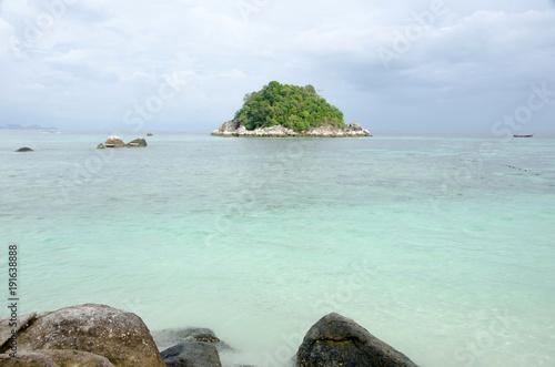 Poster Eiland kon kra, small island near sunrise beach lipe, satun,Thailand