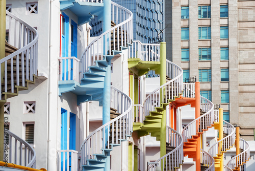 Tuinposter Singapore Amazing colorful exterior spiral staircases, Singapore