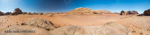 Panorama du désert du Wadi-rum - Jordanie
