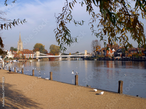 England, Chilterns, Buckinghamshire, Marlow, River Thames, church and historic s Canvas Print