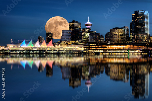 фотография Vancouver Night Full Moon