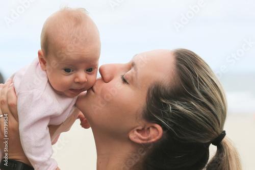 heisse-junge-maedchen-mit-der-familie-weibliche-dominanz-schwarze-frauen