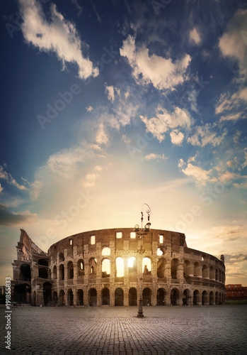 Photo  Ancient Roman Colosseum