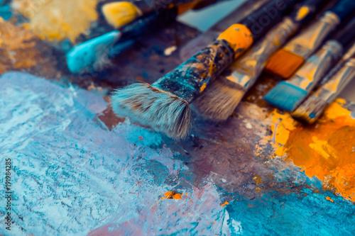 Cuadros en Lienzo Corolful artistic pain brushes on palette