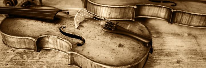 Banner mit zwei Geigen, Vin...
