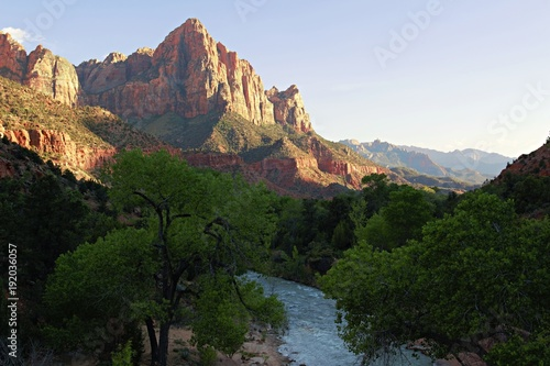 Poster Parc Naturel Famous view of the Watchman from the Bridge at Zion National Park