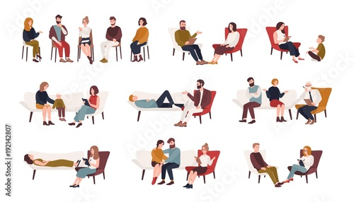 Fotografía  Collection of men and women or married couples sitting on chairs or lying on sofa and talking to psychotherapist or psychologist
