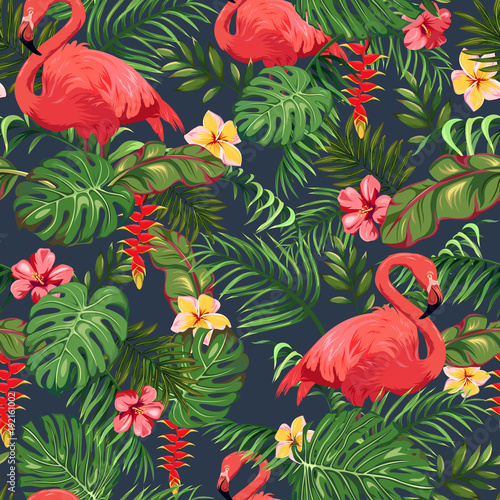 Seamless pattern with leaves of palm trees, exotic flowers and flamingo Fototapet