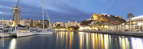 Panoramic view of the city of Alicante Fotobehang