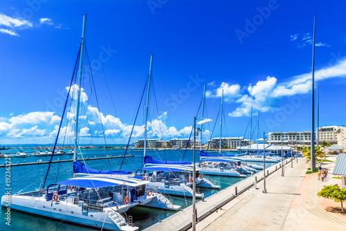 HDR - Neuer Jachthafen in Varadero Kuba - Serie Kuba Reportage