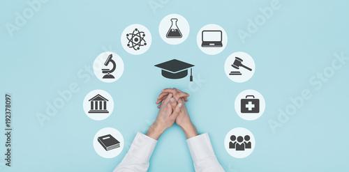 ikony-uniwersyteckie-i-edukacyjne