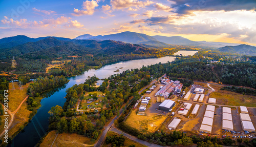 Poster Purper Aerial panorama of Goulburn River and mountains at sunset. Eildon, Victoria, Australia