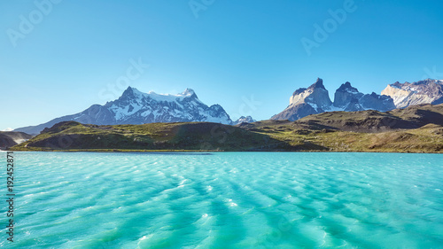 Spoed Foto op Canvas Blauw Pehoe Lake and Los Cuernos (The Horns) in the Torres del Paine National Park, Chile.