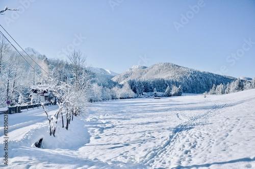Foto op Aluminium Bergen Winter mountain landscape
