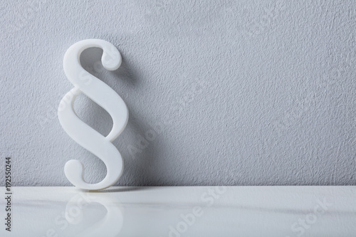 Fototapeta Close-up Of A Paragraph Symbol obraz na płótnie