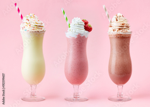 Spoed Foto op Canvas Milkshake Vanilla, Strawberry and Chocolate milkshake
