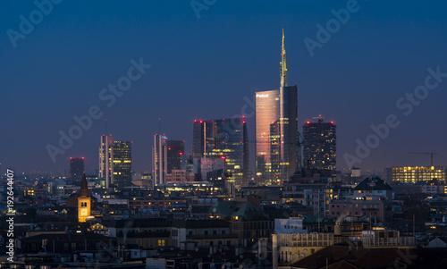 Spoed Fotobehang Milan Milan (Italy) skyline at sunset