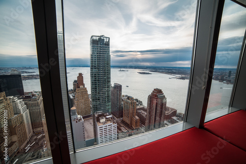 Tablou Canvas Window view from luxury apartment in New York City Manhattan