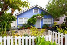 View Small House Suburban, Los Angeles, California, USA