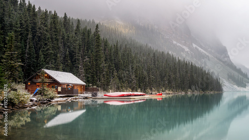 Stickers pour porte Kaki Lake Louise Boathouse Dock morning after an Autumn Snow - Banff National Park