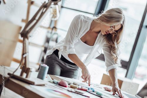 Valokuva  Female fashion designer