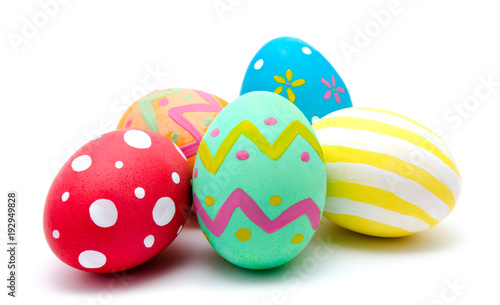 Photo  Perfect colorful handmade easter eggs isolated on a white