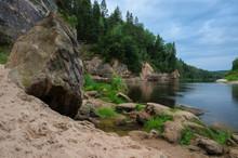 Sandstone Outcrops. Erglu Clif...