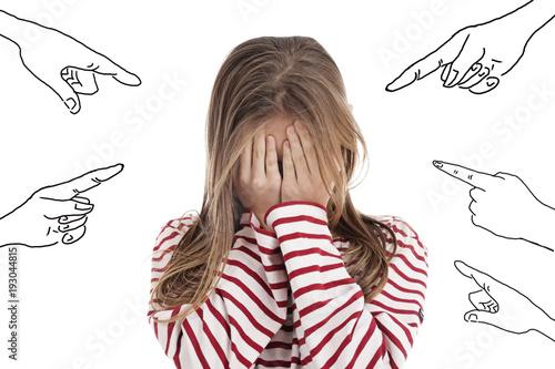 Fotografia fillette subissant harcèlement