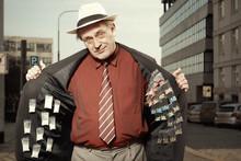 Older Dealer Of Narcotics Sell...