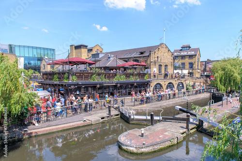 Foto op Plexiglas Londen landscape of camden lock in london, uk