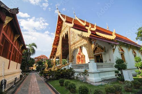 Deurstickers Bedehuis Beautiful temple at Chiang Mai, Thailand