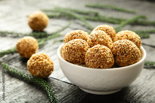 Delicious South Indian health balls with sesame and herbs.