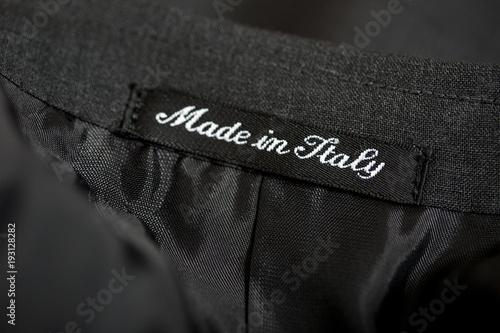 "Fotografie, Obraz  Etichetta tessuta ""Made in Italy"""
