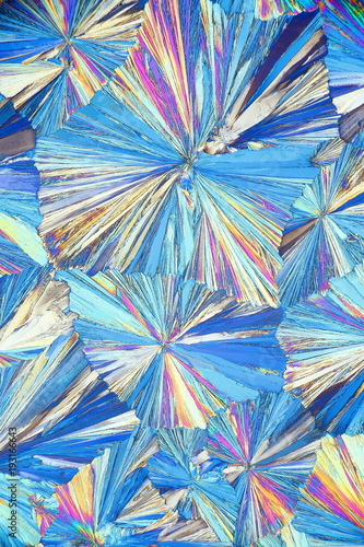 Photo Crystals of a common painkiller acetylsalicylic acid, microscope image