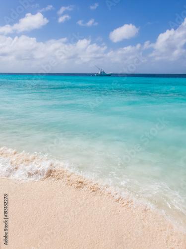 The beautiful Klein Curacao deserted island  Curacao Views Fototapet