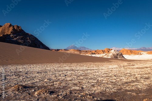 Foto op Aluminium Zalm Atacama Desert, Chile - Landscape of the Salt Mountains in the Atacama Desert, Chile