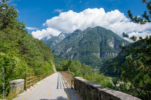 Canvas Print Alpe Adria cycle path, Italy.