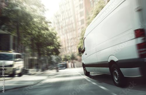 Stampa su Tela Lieferwagen in der Stadt