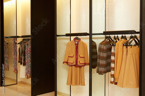 7c7cd70b620d luxury and fashionable european different clothes shop - Buy this ...