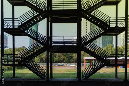Fotografia Silhouette outline of fire escape