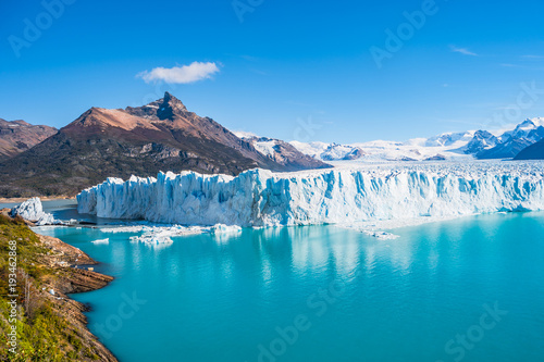 Spoed Foto op Canvas Gletsjers Panorama of glacier Perito Moreno in Patagonia
