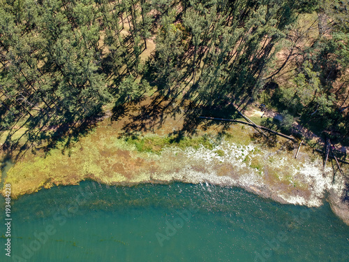 Lakeside aerial shot Canvas-taulu