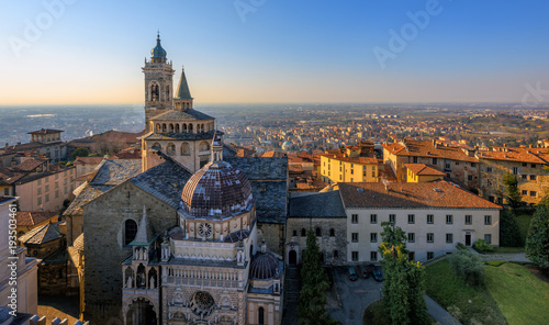 Canvastavla Panorama of Bergamo Old Town, Italy