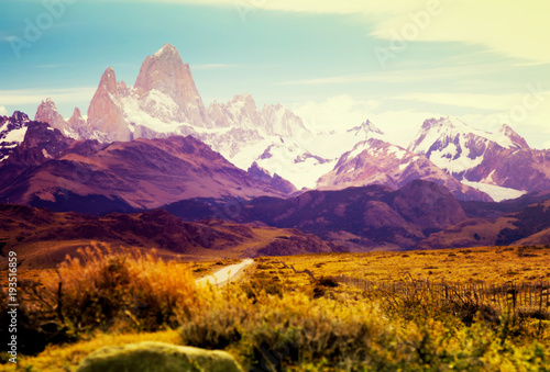 Autocollant pour porte Brique Views from highway at peaks of Andes