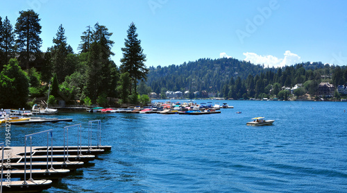Photo Stands Night blue View of Lake Arrowhead California, USA