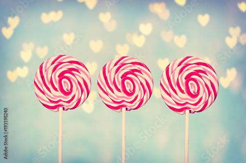 Foto op Aluminium Snoepjes drei süße Lollipops